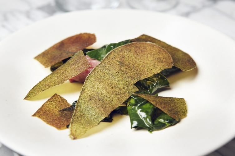 Roe, spinach and sea lettuce
