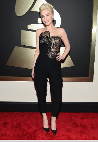 Gwen Stefani in Versace at The Grammys 2015