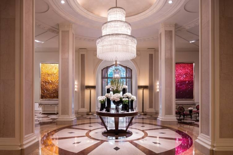 The Beverly Wilshire lobby