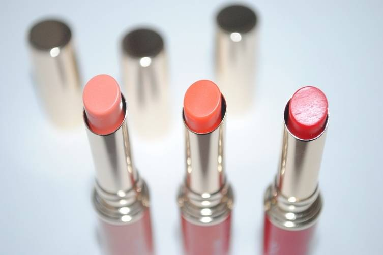 clarins-instant-light-lip-balm-perfector-review-3