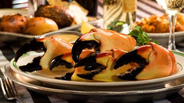 floater-stone-crabs