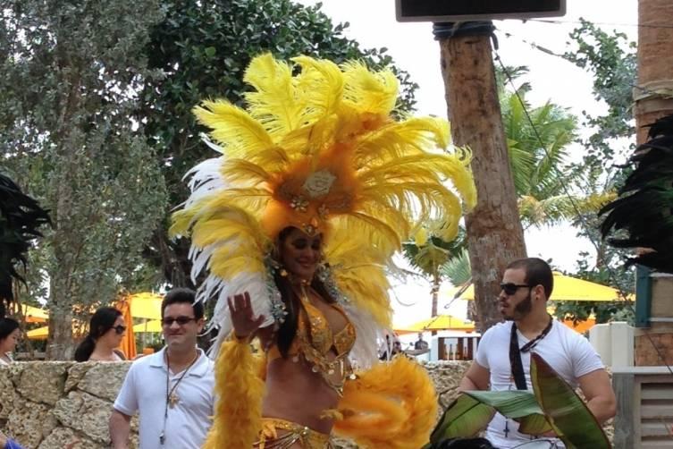 Samba Dancer at Veuve Cliquot Brunch