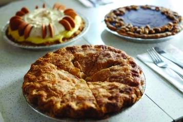 pies and thighs – food