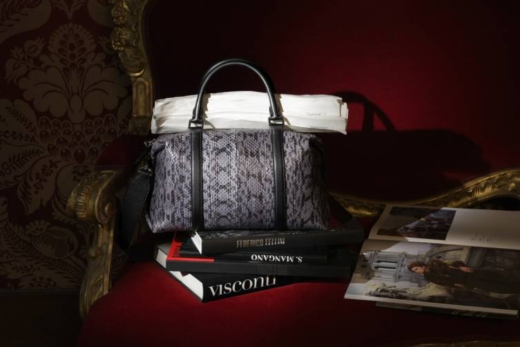 07_FENDI Capsule Silvana Mangano_exotic skin boston bag