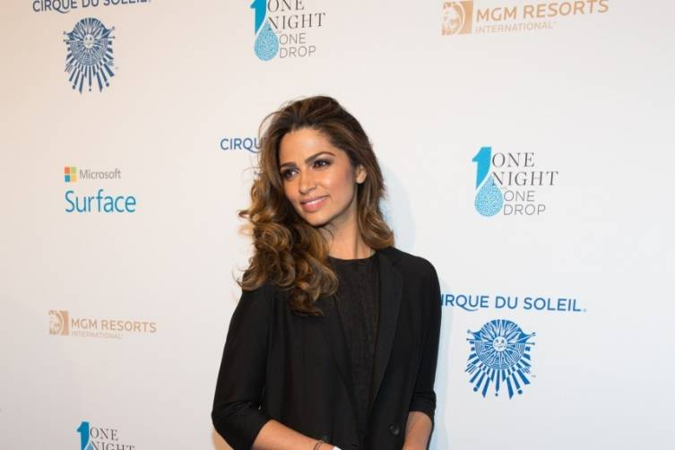 3_20_15_one_drop_Camila Alves_kabik-493