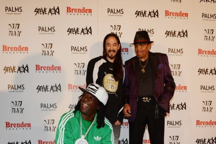 Coolio, Steve Aoki and Joe Jackson all smiles at Aoki's celebrity star ceremony at Palms