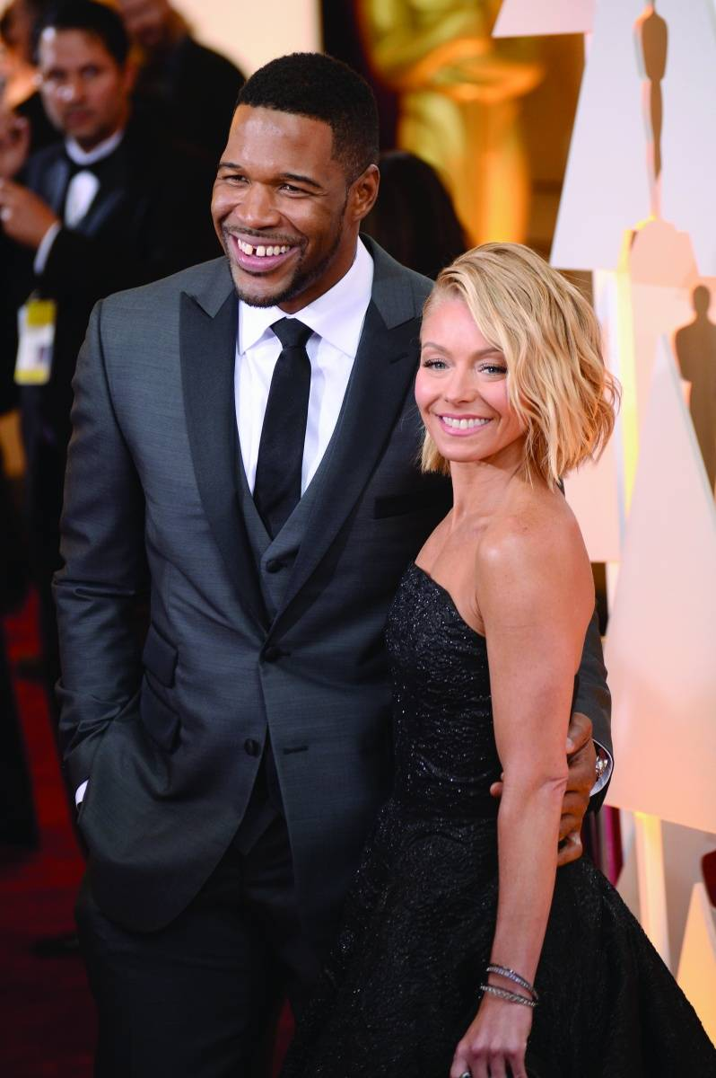 Michael Strahan & Kelly Ripa on the red carpet, image courtesy of Getty Images