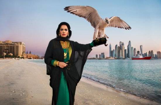Abeer Al Suwaidi at the Fairmont The Palm, Dubai, featured in Steve McCurry's '7 Princesses' collection, on exhibit now at The Empty Quarter.