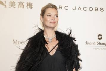 Kate Moss – Harry Winston amfAR Hong Kong Gala 2015_Original_24315