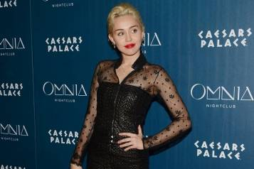 Miley Cyrus_OMNIA Red Carpet