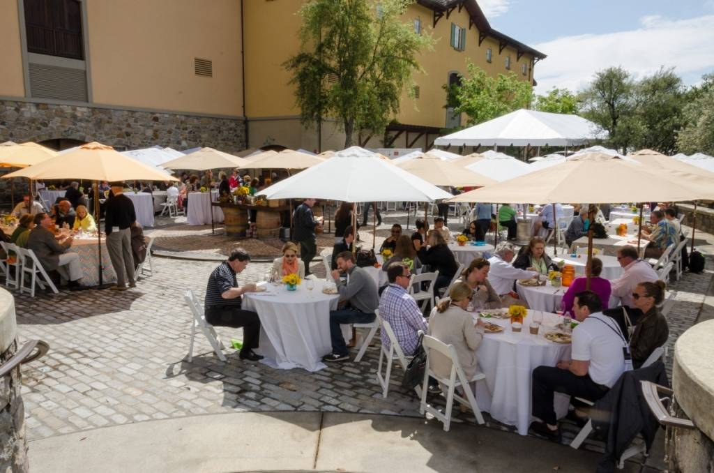 Vineyard to Vintner brunch 2014