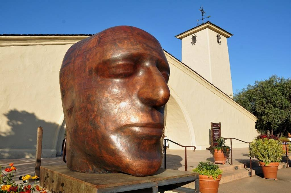 robert mondavi sculpture
