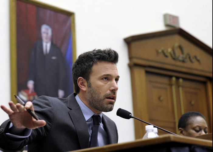 Ben Affleck addresses the Senate in 2014, image via mix93
