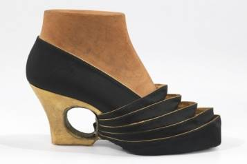 arpad_shoe