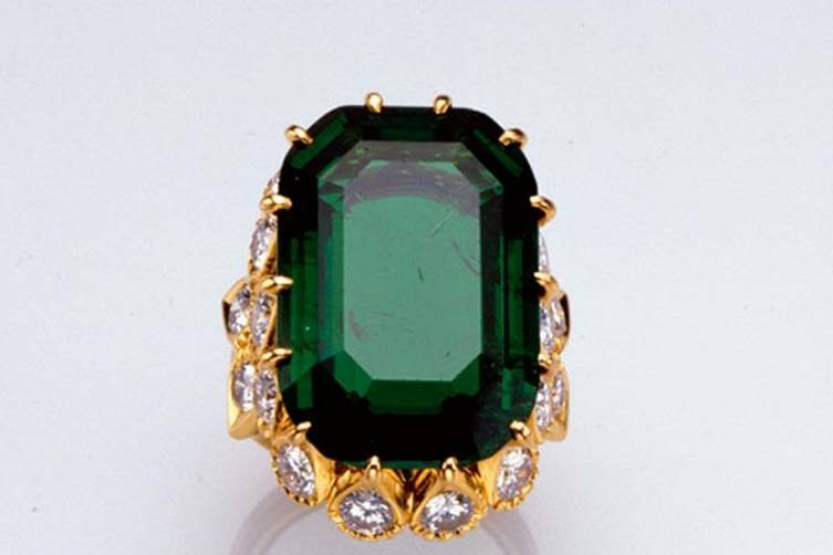 The Duchess of Windsor's Cartier 19 carat Engagement Ring sold for $2 million
