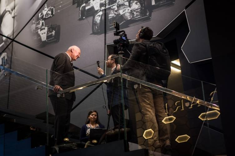 wpid-Baselworld-2015-bloomberg-record-attendance-international-press.jpg