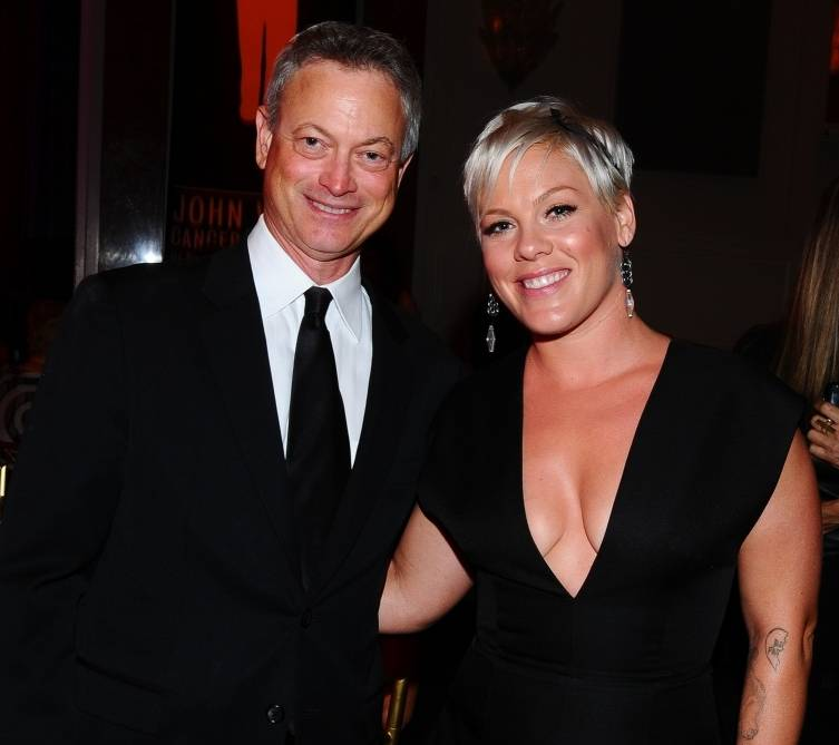 "Gary Sinise and Alecia ""P!nk"" Moore"