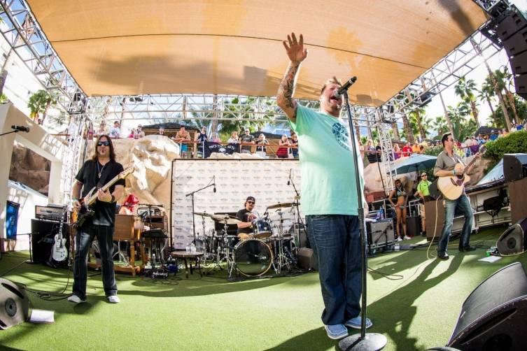 4.3.15_Uncle Kracker performs at Kenny Chesney Pre-Concert Pool Party Weekend_Photo Credit Erik Kabik (2)