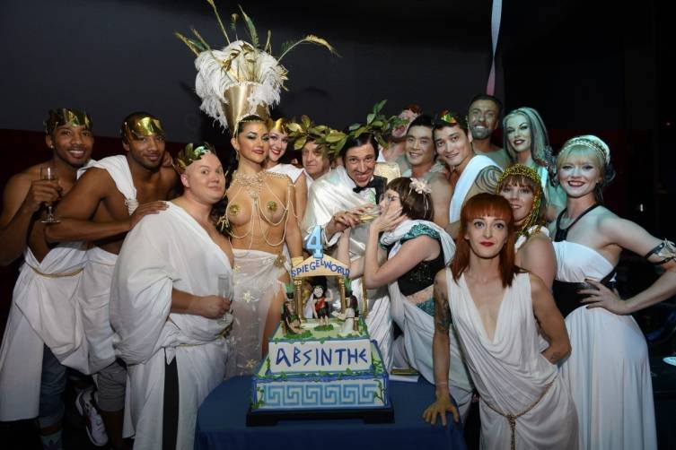 ABSINTHE Cast Celebrates Four Years in Las Vegas on April 1, 2015_Credit Bryan Steffy