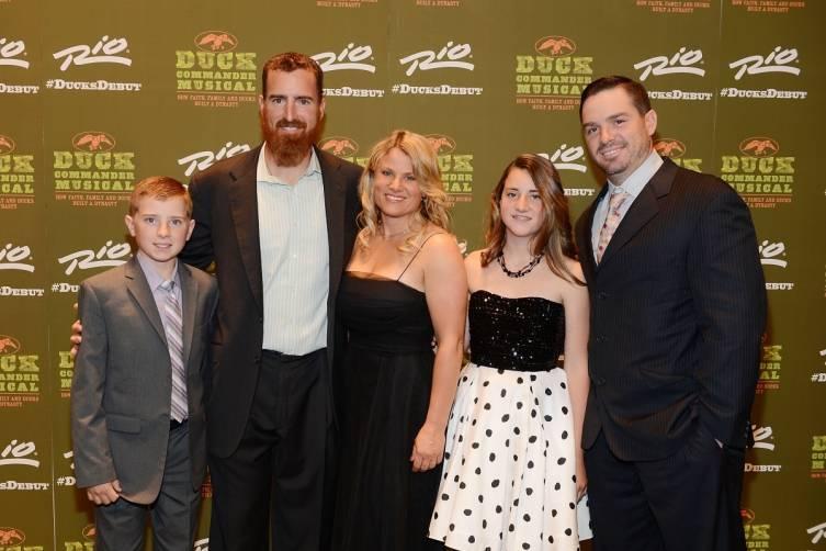 Adam LaRoche and Family at World Premiere of DUCK COMMANDER MUSICAL 4.15.15_Credit Denise Truscello