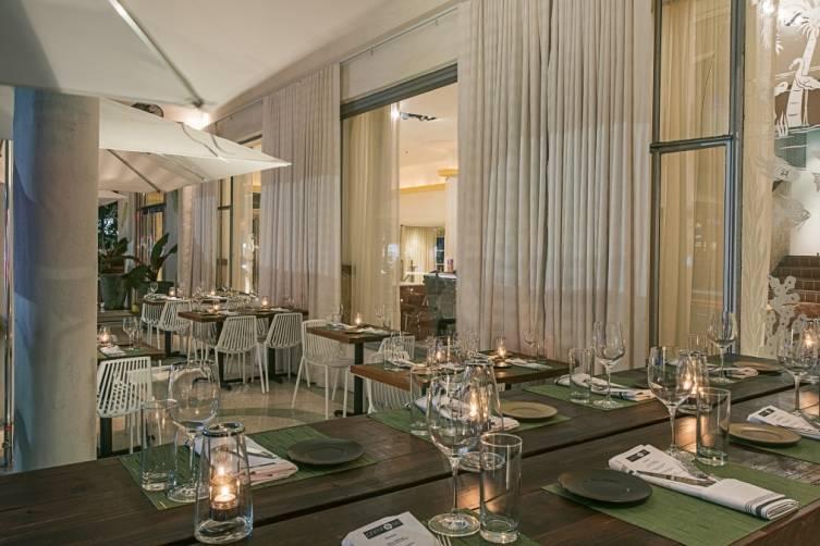 Collins Avenue dining