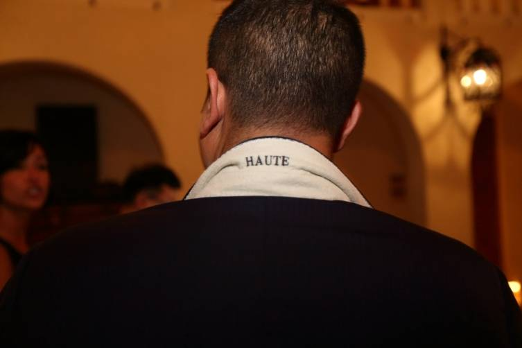 Haute Collar
