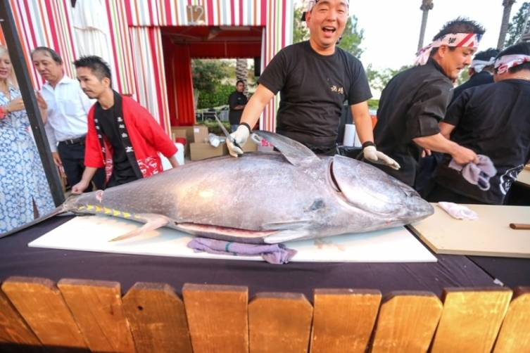 Naked Fish carves up a 240lb tuna at UNLVino's Sake Fever.