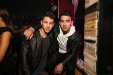 Nick and Joe Jonas at Hyde Bellagio.