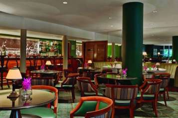 Polo-Lounge-Bar-Credit-to-The-Beverly-Hills-Hotel-and-Eric-Laignel.