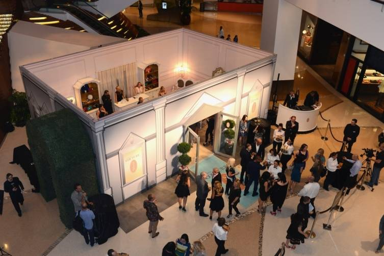 The SJP Collection Pop Up Shop Opened With A VIP Shopping Event at The Shops at Crystals.