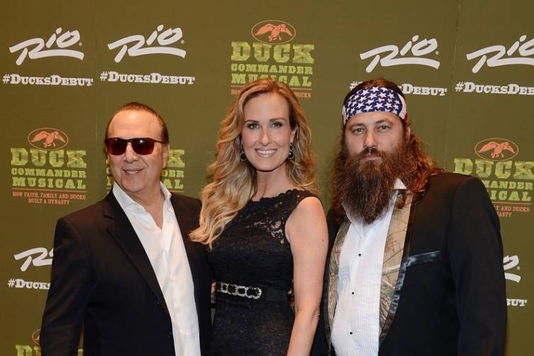 Tommy Mottola with Korie and Willie Robertson at World Premiere of DUCK COMMANDER MUSICAL 4.15.15_ Credit Denise Truscello
