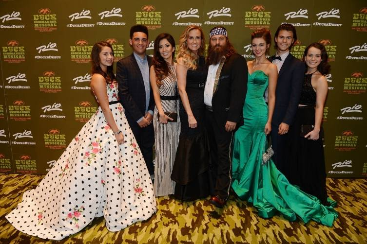 Willie and Korie Robertson and family at World Premiere of DUCK COMMANDER MUSICAL 4.15.15_Credit Denise Truscello