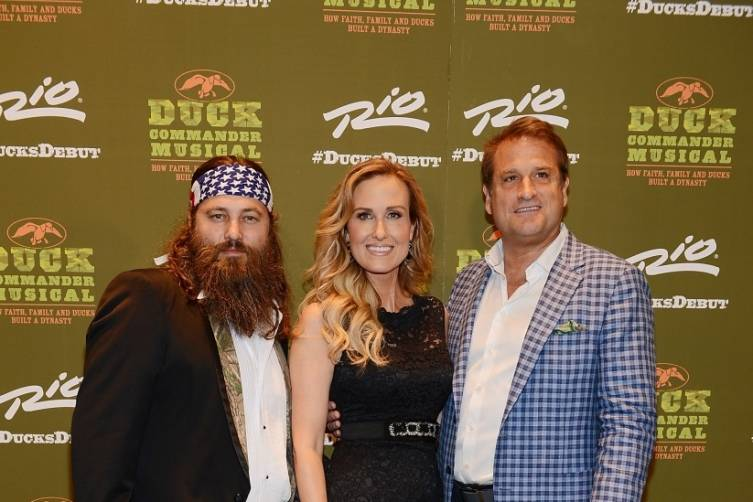 Willie and Korie Robertson with Jeff Calhoun at World Premiere of DUCK COMMANDER MUSICAL 4.15.15_Credit Denise Truscello