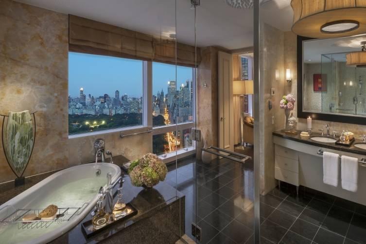new-york-13-suite-presidential-bathroom-03