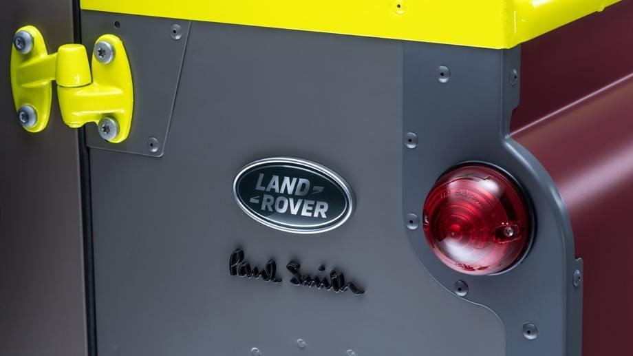 psw-paul-smith-landrover-defender-3