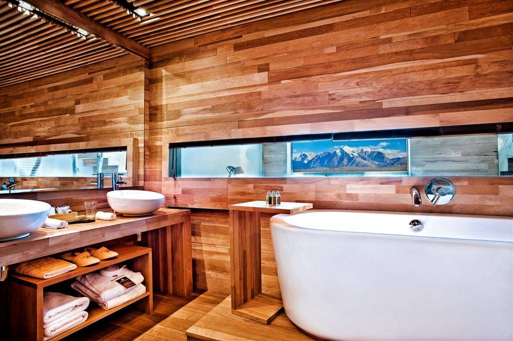 A bathroom at Tierra Patagonia