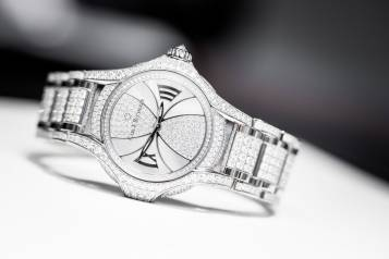 wpid-Carl-F.-Bucherer-Pathos-Diva-Joaillerie-Watch-2014.jpg