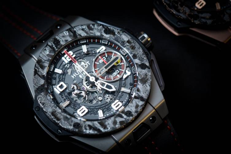 wpid-Hublot-Big-Bang-Ferrari-Carbon-Watch-Baselworld-2015-front.jpg