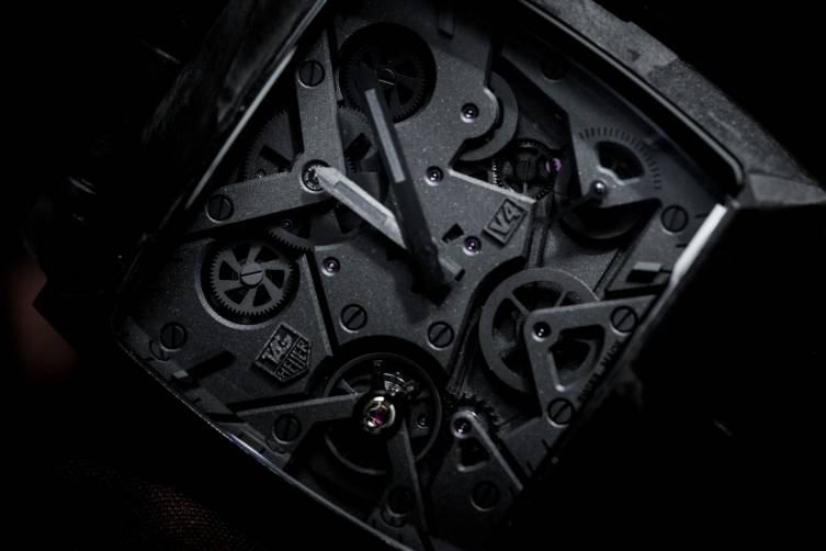 wpid-Tag-Heuer-Monaco-V4-Phantom-Watch-Baselwolrd-2015-Close-Up.jpg