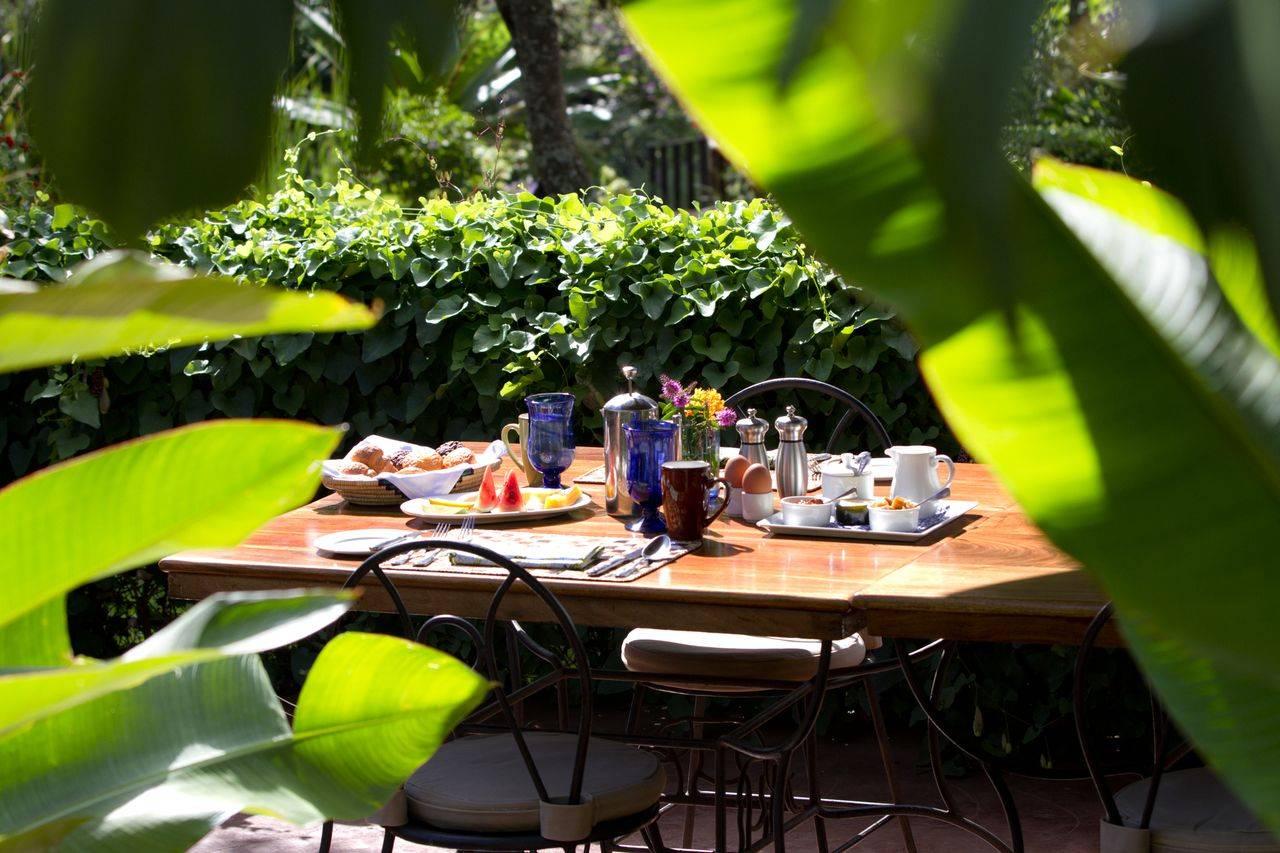 Breakfast at Gibb's Farm