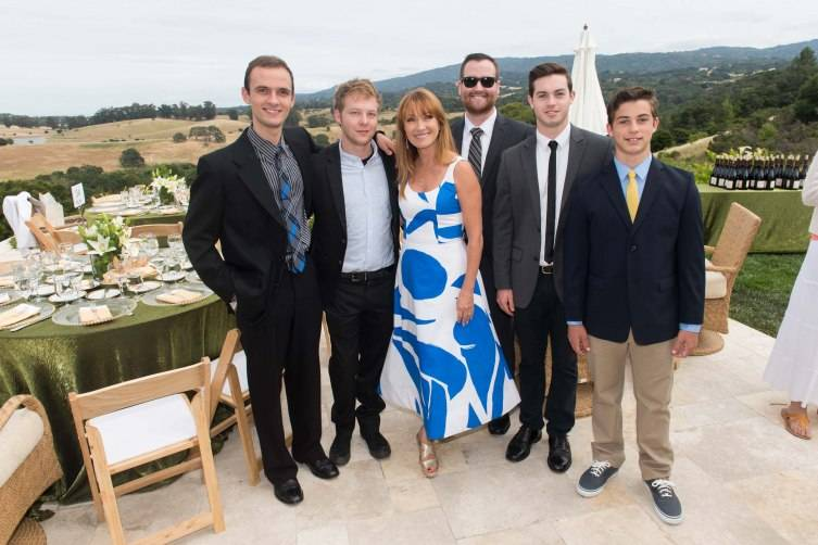 Sean Morgenthaler, Johnny Keach, Jane Seymour, Nick Giampa, Wyatt Giampa, Sawyer Giampa