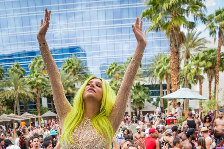 05.23.15_Kesha at REHAB_Photo Credit Erik Kabik (1)