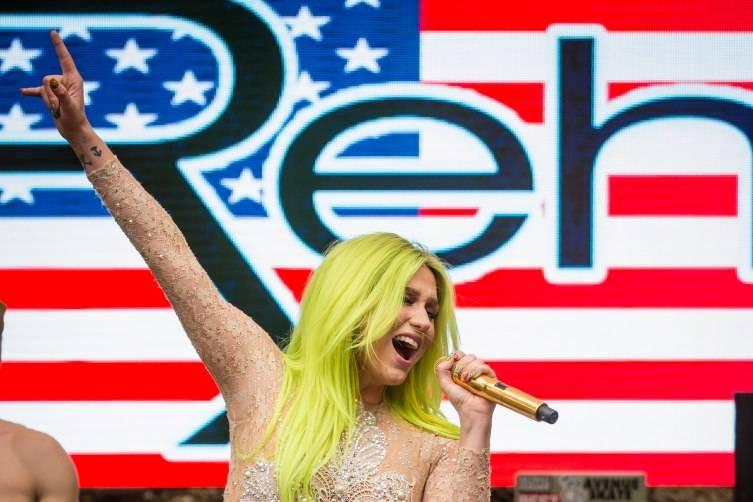 05.23.15_Kesha at REHAB_Photo Credit Erik Kabik (4)