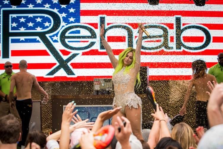 05.23.15_Kesha at REHAB_Photo Credit Erik Kabik (7)
