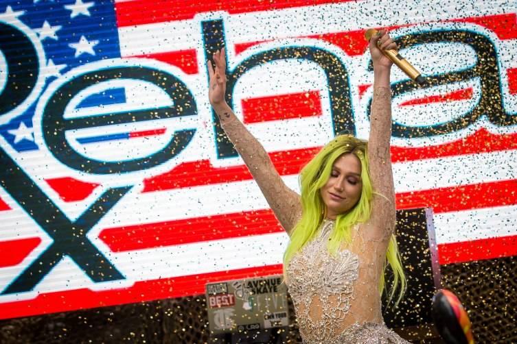 05.23.15_Kesha at REHAB_Photo Credit Erik Kabik (9)