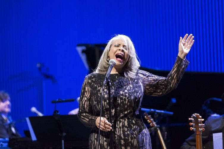 Performance by Patti Austin