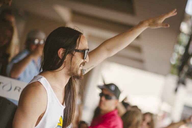 5.22.15_Steve Aoki_WET REPUBLIC_Photo Credit Aaron Garcia