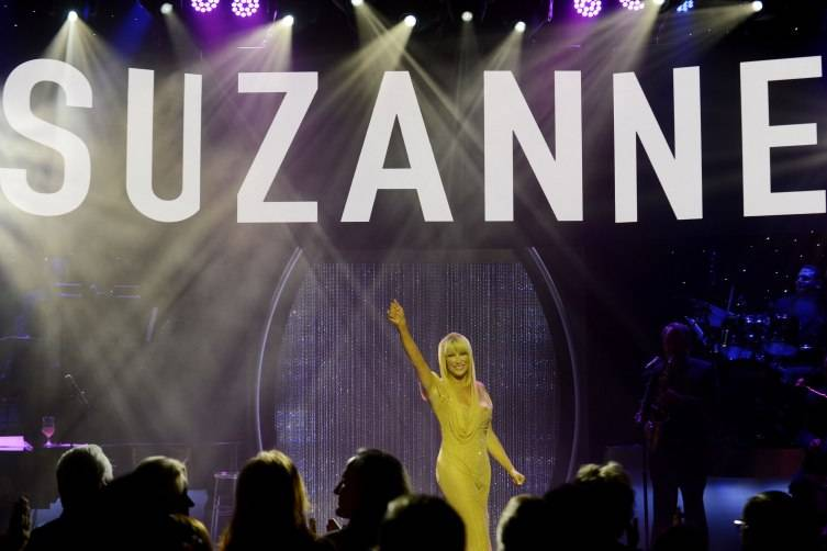 Suzanne Somers performs during her Las Vegas residency show grand opening at Westgate.