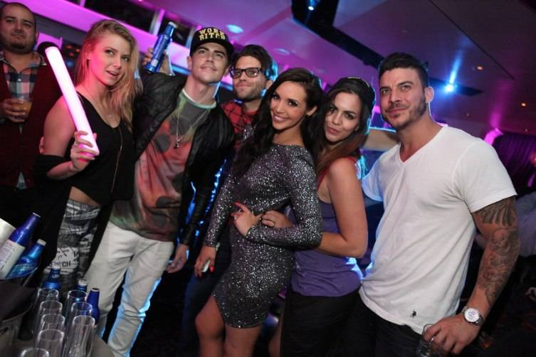 Ariana  Madix, Tom Schwartz, Tom Sandoval, Scheana Marie, Katie Maloney and Jax Taylor at Ghostbar_Joe Fury