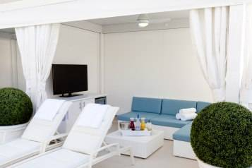 Delano Beach Club – Cabana
